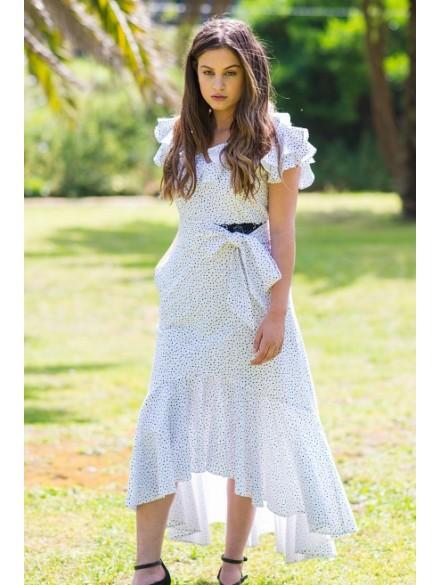 Vestido blanco de lunares...